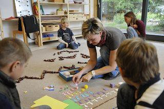 http://www.freie-schule-woltersdorf.de/wp-content/uploads/2012/09/images_seiten_schule_Rechnen.JPG